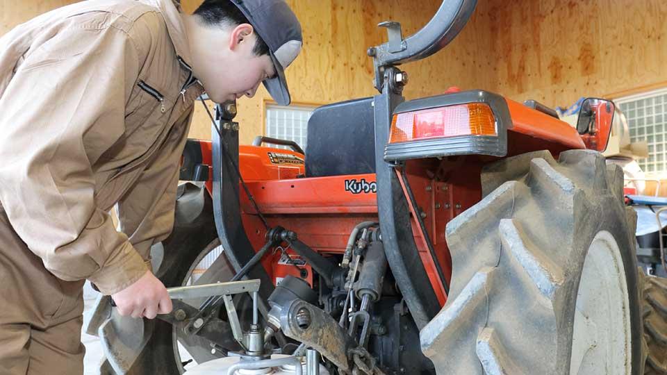 日本初!農業機械整備士科設置
